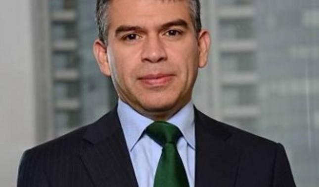 ¿Por qué Guzmán debe seguir en la campaña?